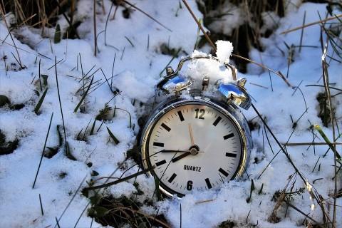 Переход на зимнее время: влияние на ваш сон, и как безболезненно перейти
