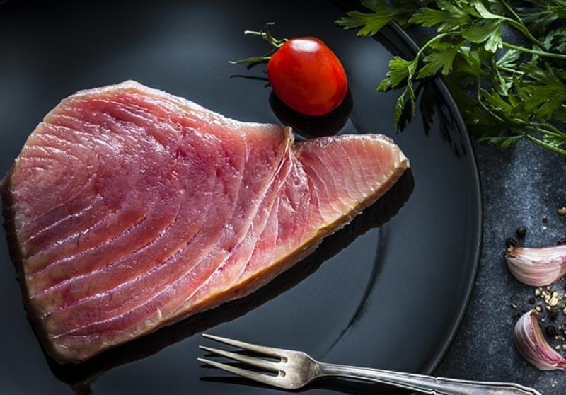 Кому не можно есть мясо тунца