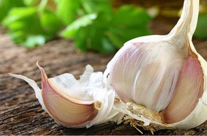 Ешьте каждый день: какие болезни предотвращает чеснок
