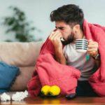«Не спешите…» Медики подсказали украинцам, как лечить смертельный вирус
