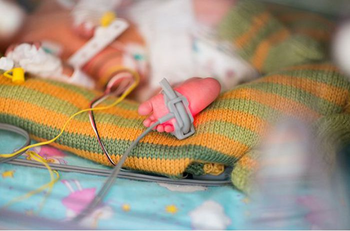 Впервые за 10 лет: в Украине родились дети с опасной инфекцией