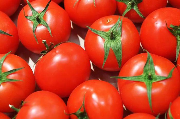 Кому запрещено есть помидоры: совет от диетолога