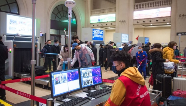 В Китае сообщают о росте темпов заболевания смертельным коронавирусом, последние новости