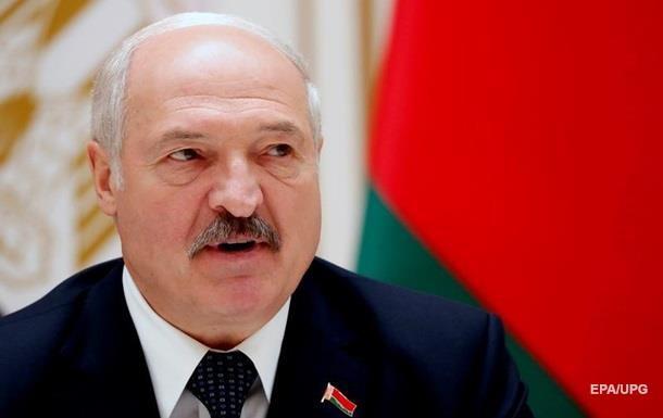 """Лукашенко выступил против изоляции в """"тухлых квартирах"""""""