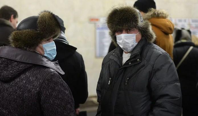 На Буковине из-за коронавируса раскупили все защитные маски