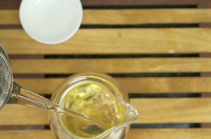 Быстро снижает давление: сорт чая, который должен быть на кухне