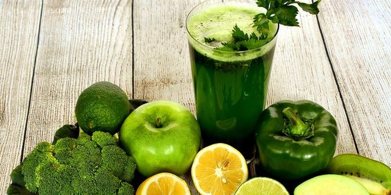Врачи назвали продукты, которые очищают кишечник и выводят токсины