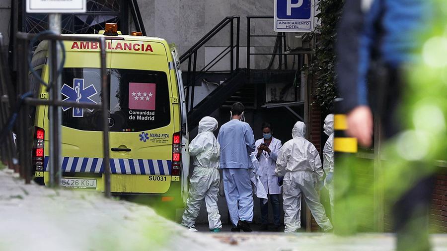 В Испании впервые за последние две недели наименьшее число смертей от коронавируса