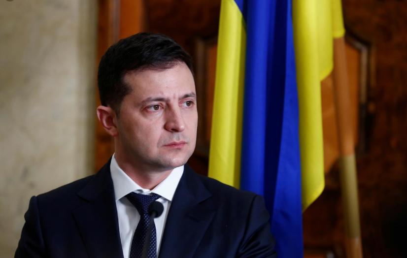 Ни одна больница в Украине не может быть сейчас закрыта, - Зеленский