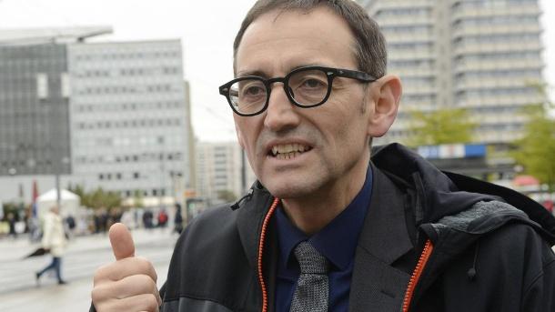 В Берлине политик намеренно заразился коронавирусом, чтобы заработать иммунитет