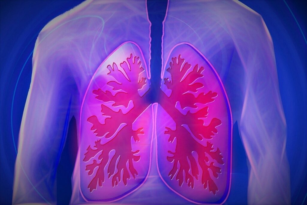 Врачи рассказали, как помочь человеку с отёком лёгких до приезда медиков