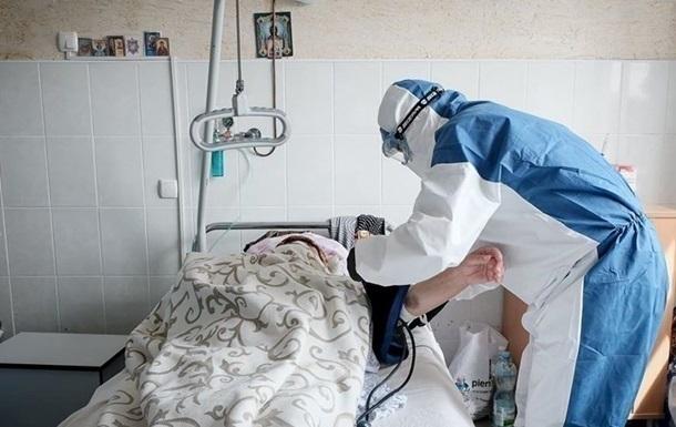 На Буковине 52 инфицированных в тяжелом состоянии