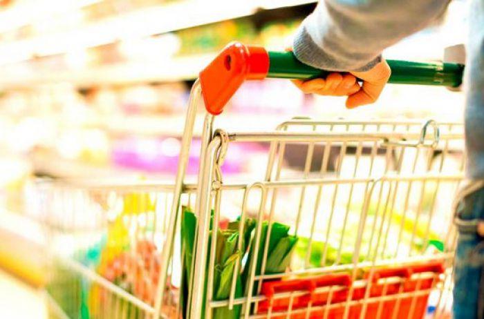 Коронавирус может передаваться с продуктами? Эксперт все объяснила