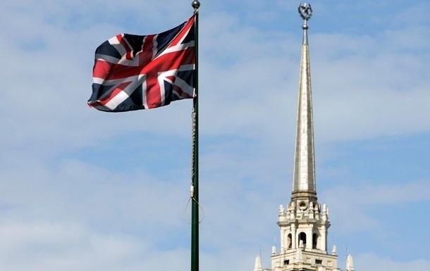 Всех прибывающих в Британию обязали соблюдать двухнедельный карантин
