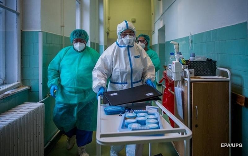 Ученые заявили о бесполезности популярного препарата в лечении коронавируса