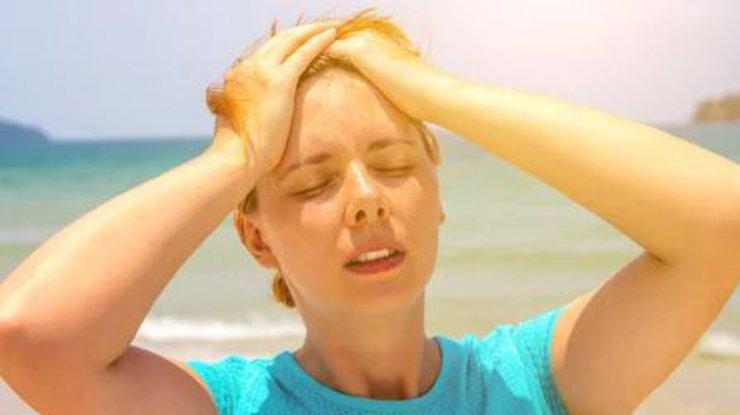 Как уберечь себя от солнечного и теплого удара: совет медиков