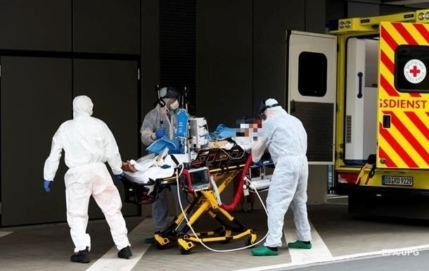В Германии и Франции стремительно растет число больных COVID