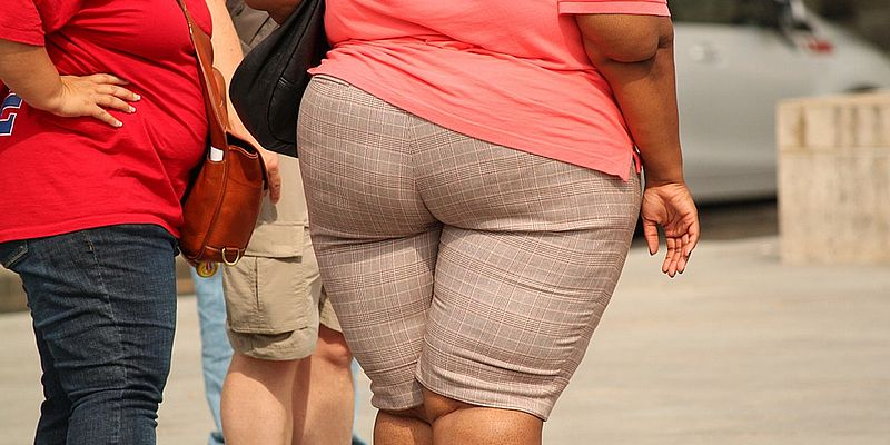 Названа главная психологическая причина лишнего веса
