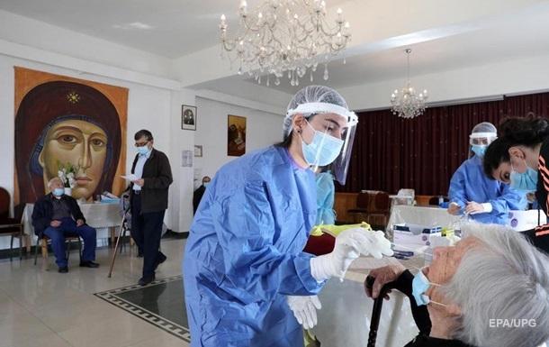 За последний месяц в мире больше заболевших на COVID, чем за полгода