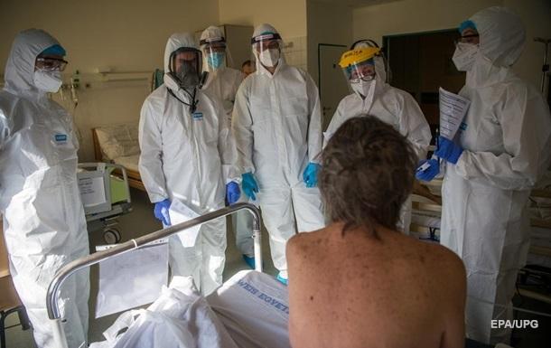 Власти Канады заявили о третьей волне коронавируса