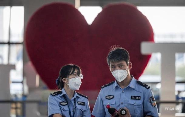 В Китае заявили о прекращении передачи COVID-19