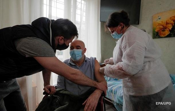 В Украине делают миллион прививок в неделю - МОЗ