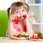 Каким должен быть идеальный рацион ребенка: рекомендация ВОЗ
