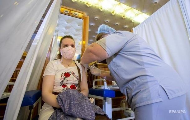 В Украине резко ускорилась вакцинация от COVID-19