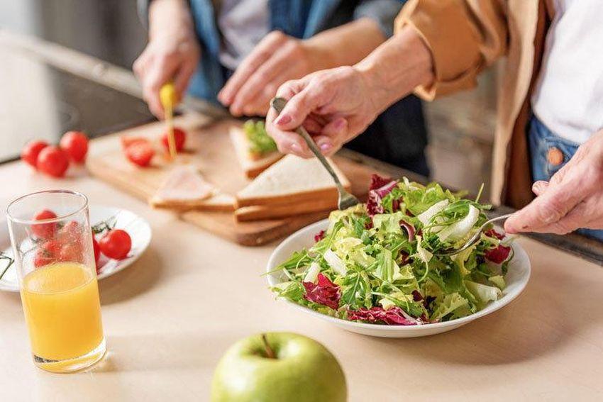 Врачи назвали пищевые привычки здоровых людей