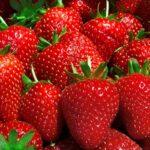 Диетолог: сколько можно съесть клубники без вреда для здоровья