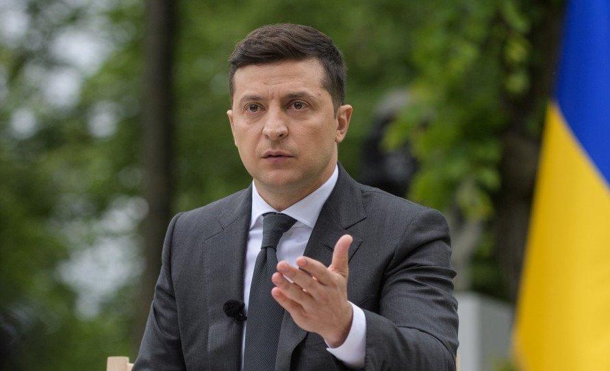 Зеленский провел совещание из-за увеличения количества заболевших COVID-19: подробности