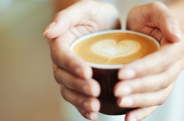 Названы 5 страшных болезней, при которых пить кофе нужно