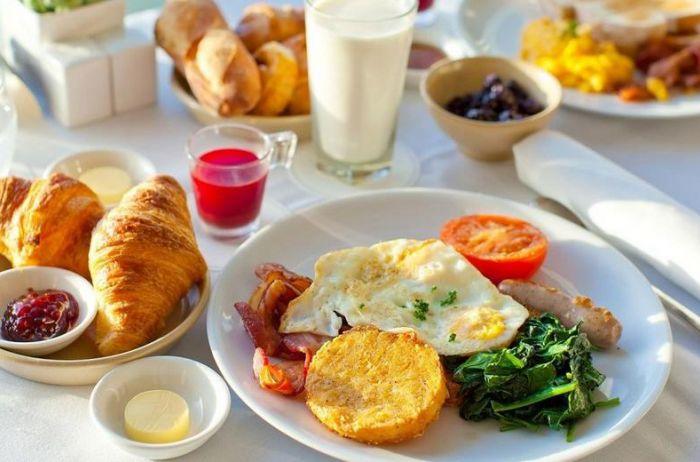 Что нельзя есть на голодный желудок, особенно по утрам