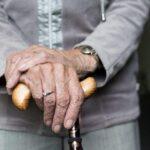 Ученые: человек за свою жизнь стареет три раза