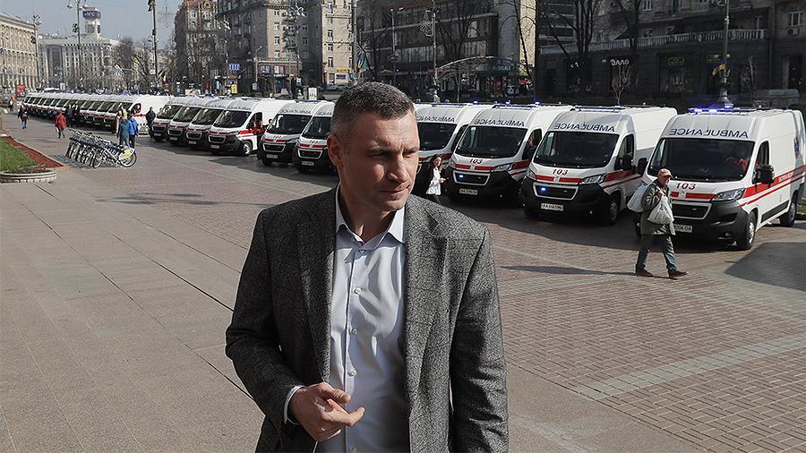 Еще у 310 киевлян выявили коронавирус за сутки, более полусотни госпитализировали – Кличко
