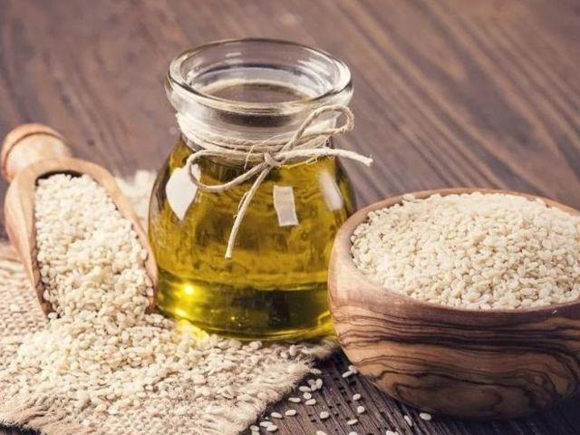 Почему кунжутное масло незаменимо для женского здоровья