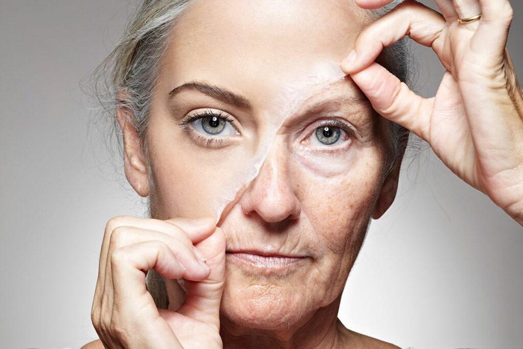 """Исследование показало в каком возрасте женщины начинают чувствовать """"старость"""""""