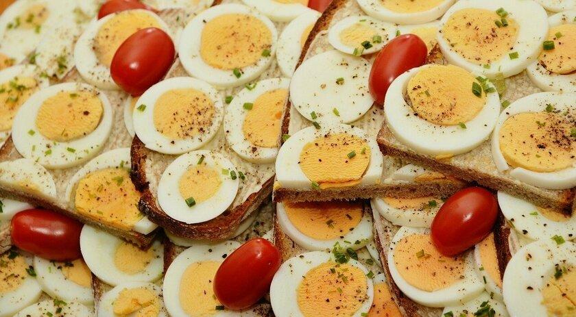 Развенчаны популярные мифы о вреде куриных яиц