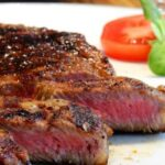 Медики назвали самое полезное мясо для мужской силы