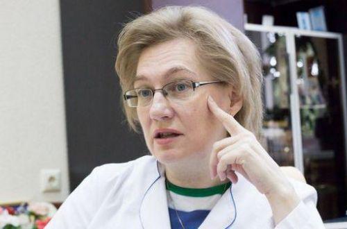 Тромбоз после AstraZeneca: Голубовская объяснила, кому можно и нельзя вакцинироваться