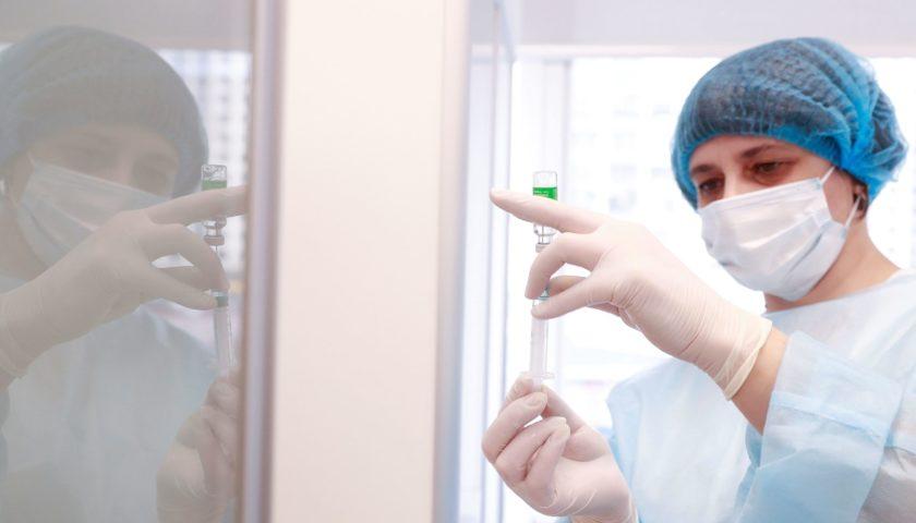 Выплаты за смерть от вакцинации установил Кабмин — подробности
