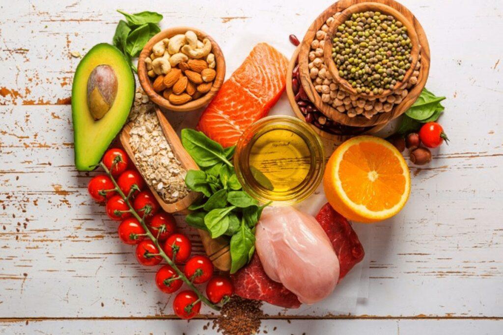 Названы правила питания для профилактики инсульта и болезней сердца