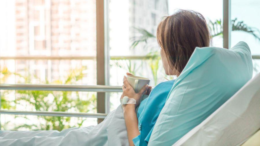 "Медики перечислили признаки ""тихого"" рака у женщин"