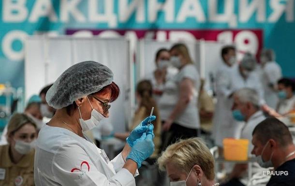 В РФ две недели подряд рекордная COVID-смертность