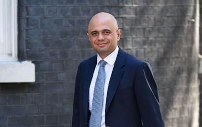 Глава МОЗ Британии заболел COVID несмотря на две прививки