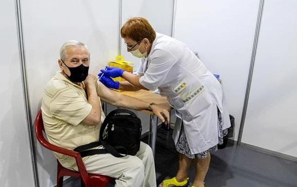 Украина обновила рекорд по COVID-вакцинации