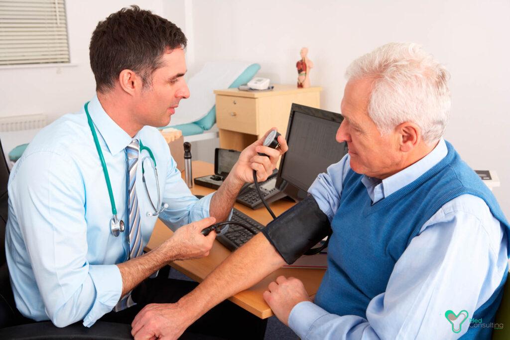 Какие симптомы инсульта возникают за 10 лет до болезни